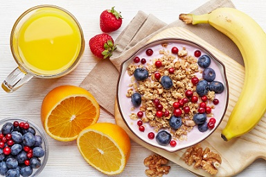 Faire un petit déjeuner d'aliments sains